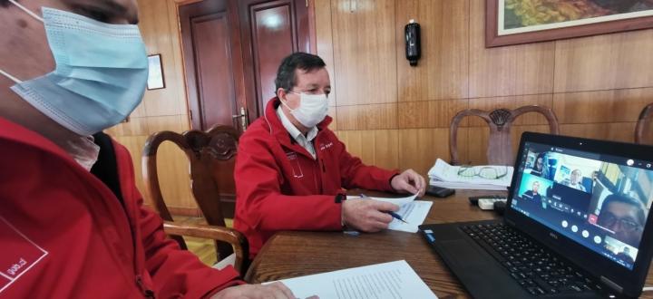 Subsecretario de Hacienda e Intendente presentan nuevas medidas de apoyo a las familias de clase media